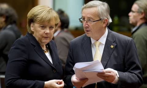 Αναβρασμός στην Ευρωζώνη λόγω Καταλονίας: Έκτακτη τηλεφωνική συνομιλία Μέρκελ με Γιούνκερ