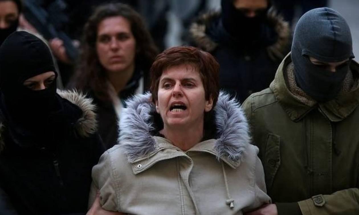 Η Πόλα Ρούπα για το γιο της: Στελέχη του ΣΥΡΙΖΑ δεν θέλουν να έχει ο Βίκτωρας εμάς για γονείς