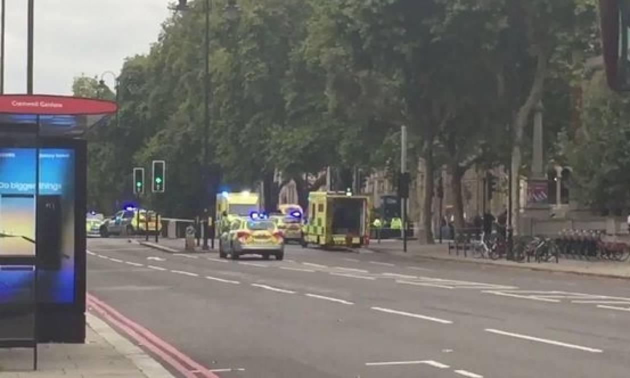 Πανικός στο Λονδίνο: Αυτοκίνητο «θέρισε» πεζούς έξω από μουσείο (pics+vid)
