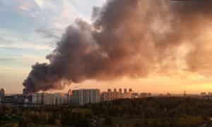 Μεγάλη πυρκαγιά στο κέντρο της Μόσχας, εκρήξεις αυτοκινήτων - Μαζική εκκένωση πολιτών (Pics+Vids)