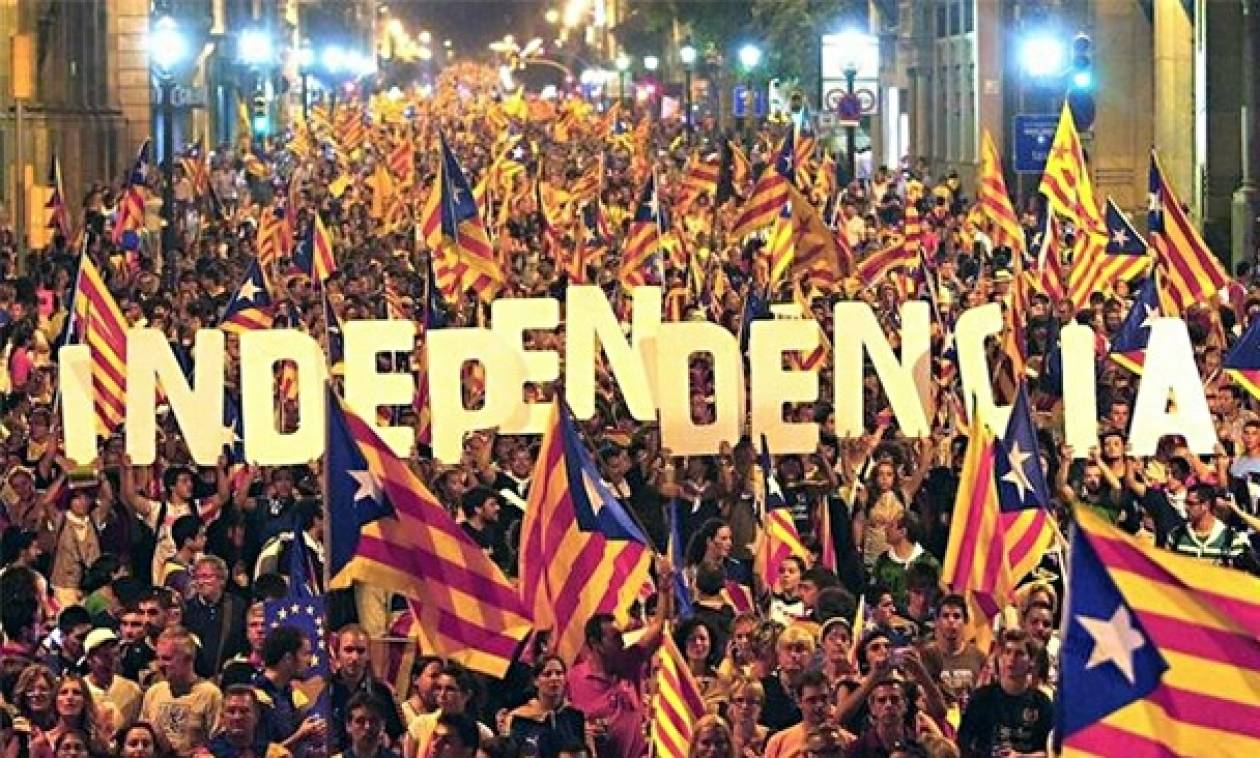 Πουτζντεμόν: Οι Καταλανοί αποφάσισαν – Θα εφαρμόσουμε το αποτέλεσμα του δημοψηφίσματος