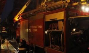 Φωτιά ΤΩΡΑ στο υπόγειο Εφορίας στη Γλυφάδα