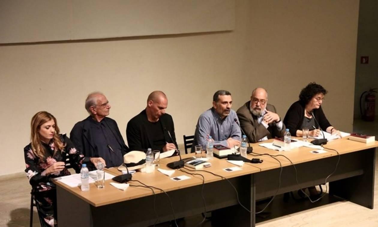 «Ανίκητοι ηττημένοι» το νέο βιβλίο του Βαρουφάκη θα γίνει ταινία από τον Κώστα Γαβρά