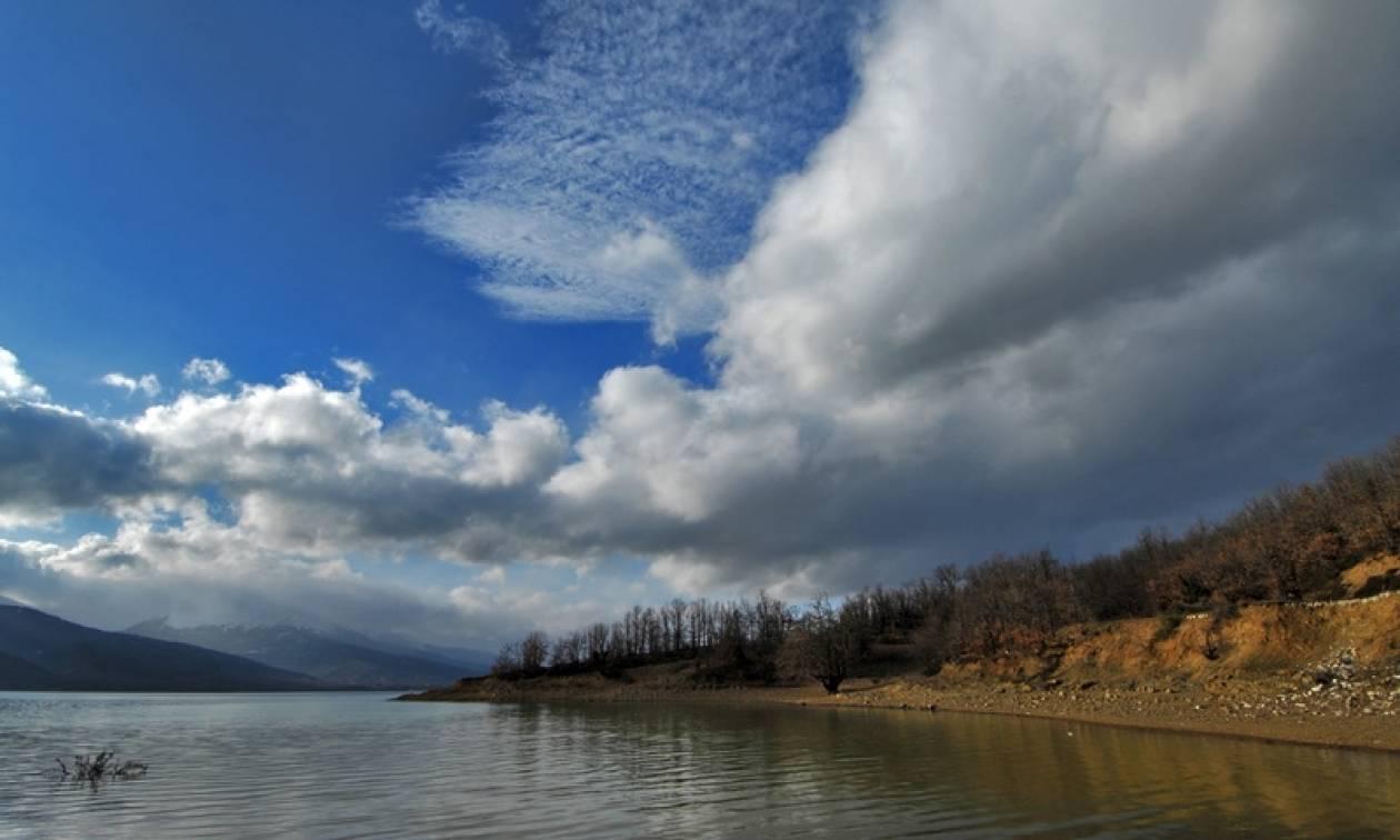 Καιρός τώρα: Με τοπικές συννεφιές η Τρίτη - Στους 24 βαθμούς η θερμοκρασία (pics)