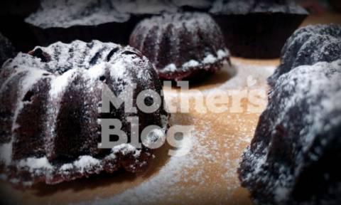 Κολατσιό για το σχολείο: Σοκολατένια cupcakes με παντζάρι