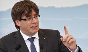 Ανεξαρτησία Καταλονία: Στροφή 180 μοιρών από Πουτζντεμόν, αναβάλλεται η ανεξαρτησία