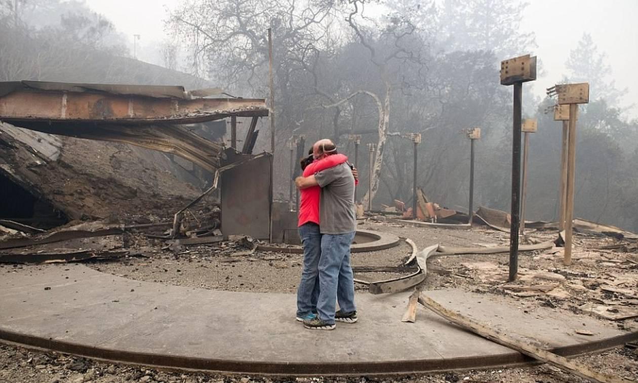 Καλιφόρνια: Τουλάχιστον 17 νεκροί και εκατοντάδες αγνοούμενοι από τις φωτιές (pics+vid)