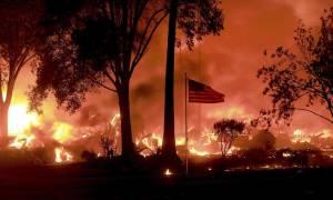 ΗΠΑ: Ασύλληπτη καταστροφή από τις πυρκαγιές στην Καλιφόρνια - Στους 21 οι νεκροί (pics+vids)