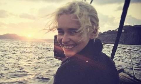 """""""Матерь драконов"""" проводит отпуск на греческом острове Миконос"""