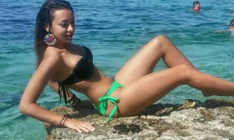 The Voice: Η Ελληνίδα τραγουδίστρια που «κόπηκε» σε καυτές πόζες