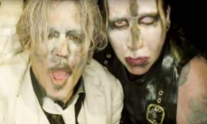 Δεν θα πιστεύετε με ποιον «τρελάρα» έβγαλε βίντεο κλιπ ο Τζόνι Ντεπ