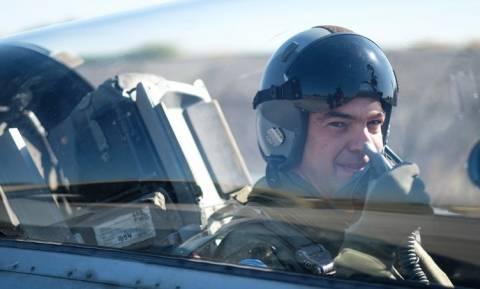 Алексис Ципрас совершил полет на истребителе F 16