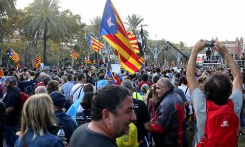 Россияне почти не знают о Каталонии, но выступают за нейтралитет РФ в конфликте Мадрида с Барселоной