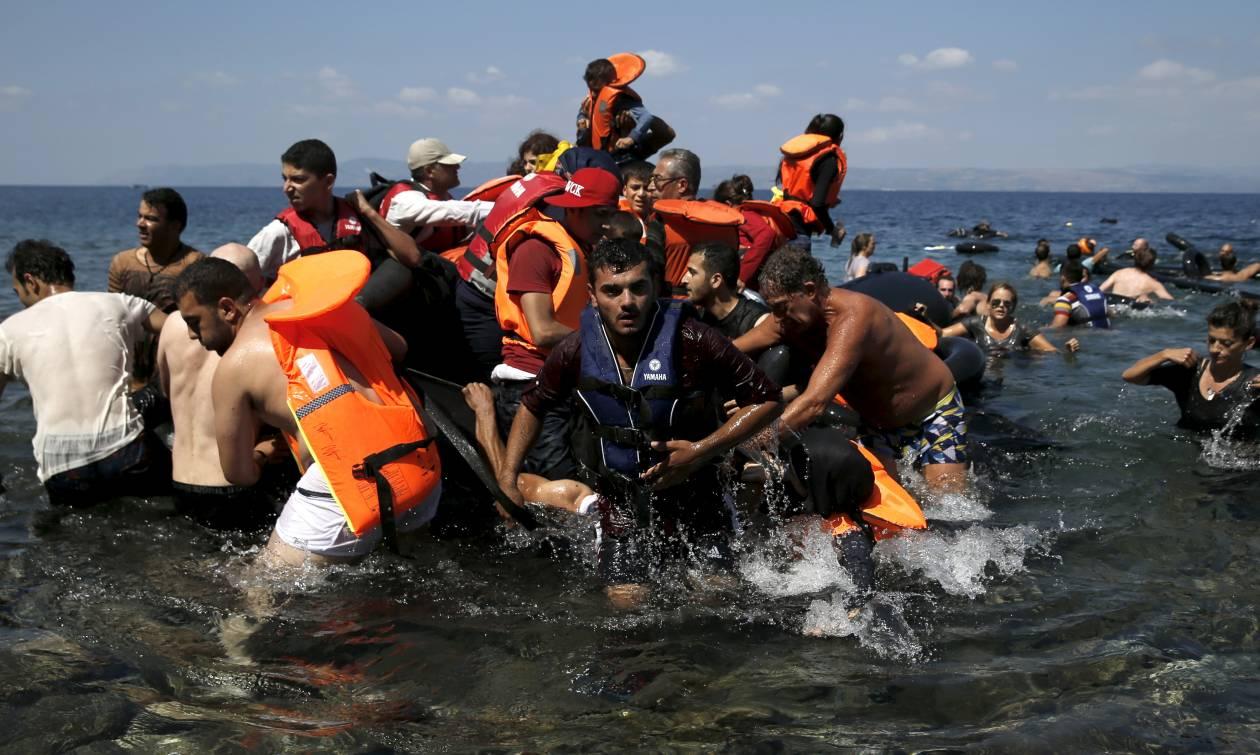 Προκλητικό δημοσίευμα της Die Welt: «Εξαιτίας της Ελλάδας γεμίζει η Γερμανία με μετανάστες»