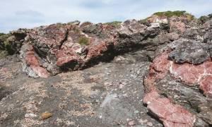 Η «σκουριασμένη» λάβα στα... βουνά της Κρήτης
