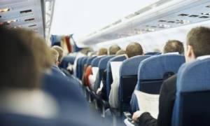 Σάλος σε πτήση Αθήνα - Κύπρος: Νύφη απάτησε το γαμπρό και… ξεφτιλίστηκε στα 20.000 πόδια (vid)