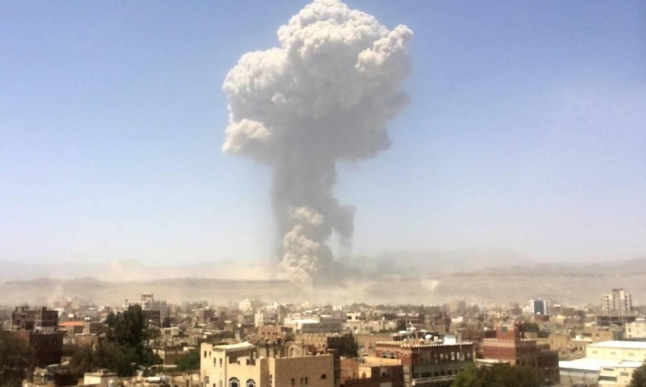 Υεμένη: Αμερικανική αεροπορική επιδρομή με δεκάδες νεκρούς σε δύο στρατόπεδα του ΙΚ