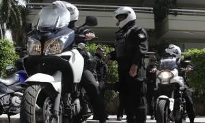 Παλαιό Φάληρο: Ληστές πυροβόλησαν με καλάσνικοφ - Στο νοσοκομείο ο ένας - Τον ξυλοκόπησαν πολίτες