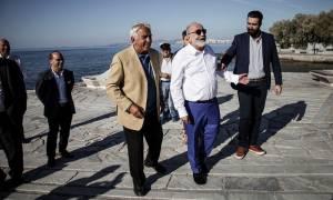 Πετρελαιοκηλίδα: Παραδόθηκαν στο κοινό ακτές του Παλαιού Φαλήρου