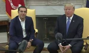 Συνάντηση Τσίπρα - Τραμπ: Η ερώτηση δημοσιογράφου που ενόχλησε τον Αμερικανό Πρόεδρο (vid)