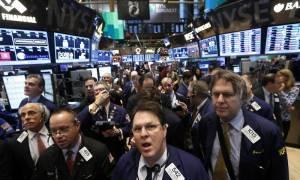 Wall Street: «Άγγιξε» τις 23.000 μονάδες ο Dow Jones