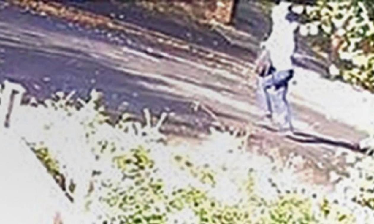 Αυτό τον άνδρα καταζητά η Αστυνομία - Επιτέθηκε σεξουαλικά σε 7 μαθήτριες