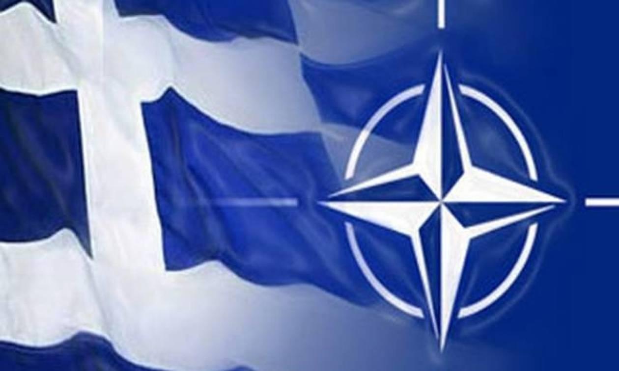 Σαν σήμερα το 1980 η Ελλάδα επιστρέφει στο στρατιωτικό σκέλος του ΝΑΤΟ