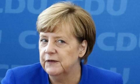 Ένα βήμα πιο κοντά Μέρκελ και Ελεύθεροι Δημοκράτες για τη συγκρότηση κυβέρνησης