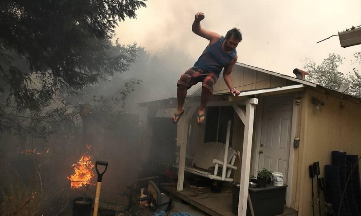 ΗΠΑ: Χωρίς τέλος η τραγωδία στην Καλιφόρνια - Βρίσκουν συνέχεια νεκρούς
