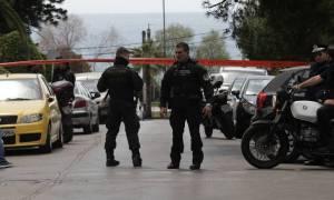 Ληστές με τα καλάσνικοφ: Είχαν αρπάξει και αυτοκίνητο γυναίκας εκτός από αυτό του αστυνομικού