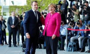 Σύνοδος Κορυφής: Στην ίδια «γραμμή» Μακρόν και Μέρκελ – Στηρίζουν την κυβέρνηση της Μαδρίτης
