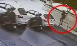 Δολοφονία Πατήσια - Βίντεο ντοκουμέντο: Η 32χρονη Δώρα λίγα λεπτά πριν δολοφονηθεί