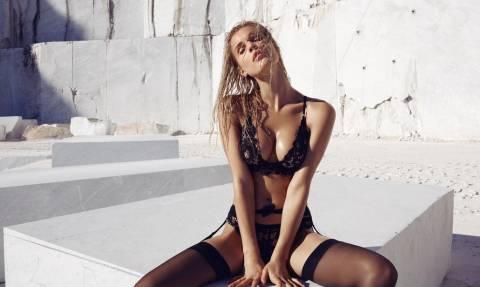 Ποιο πασίγνωστο μοντέλο ανέβασε φωτογραφίες μονο με τα εσώρουχά της;