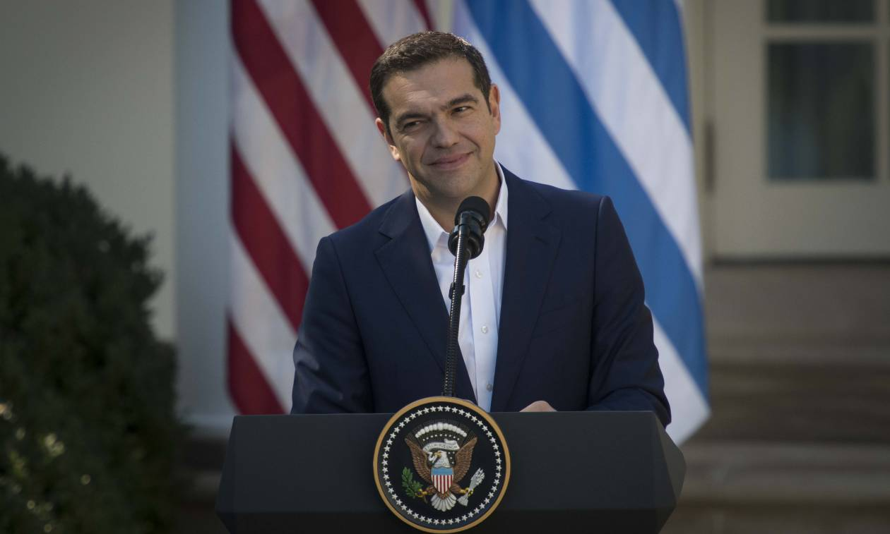 Τσίπρας εναντίον Μητσοτάκη: Η αντιπολίτευση του κωνείου αποτελεί αστείρευτη πηγή μαύρου χιούμορ