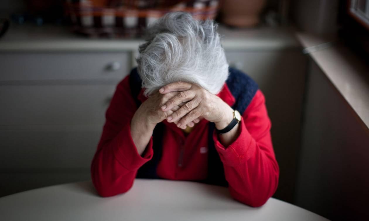 Ντροπή: Πήραν την πρώτη κατοικία 78χρονης που ζει με αγροτική σύνταξη 320 ευρώ!