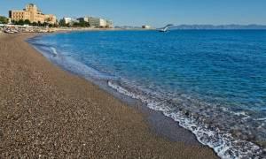 Ρόδος: Σοβαρός τραυματισμός Γερμανίδας σε παραλία - Παρασύρθηκε από αυτοκίνητο