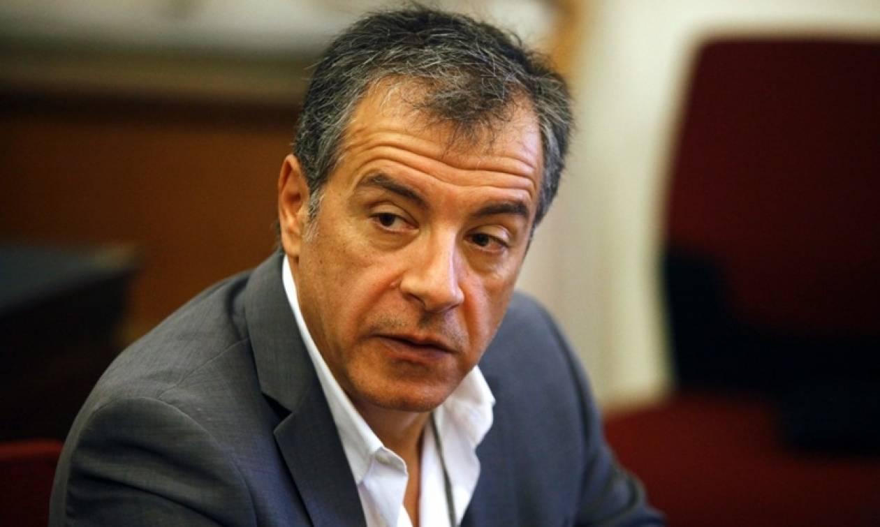 Θεοδωράκης: Μπορώ να είμαι και στρατιώτης και στρατηγός