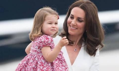 Και όμως! Η πριγκίπισσα Charlotte θα έχει αυτό το πρόβλημα μόλις μεγαλώσει