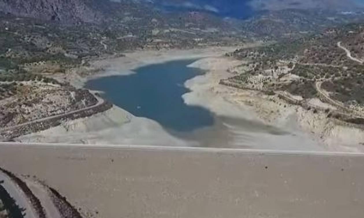 Συναγερμός στην Κρήτη:«Έρημος»... το άλλοτε πλούσιο σε νερό Φράγμα Φανερωμένης