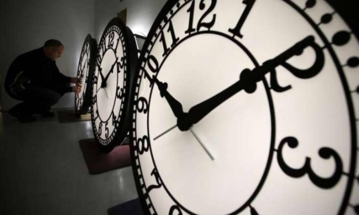 Χειμερινή ώρα 2017: Πότε θα γυρίσουμε τα ρολόγια μας μία ώρα πίσω