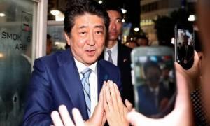Εκλογές Ιαπωνία: Μεγάλη νίκη του Σίνζο Άμπε... δείχνουν τα exit polls