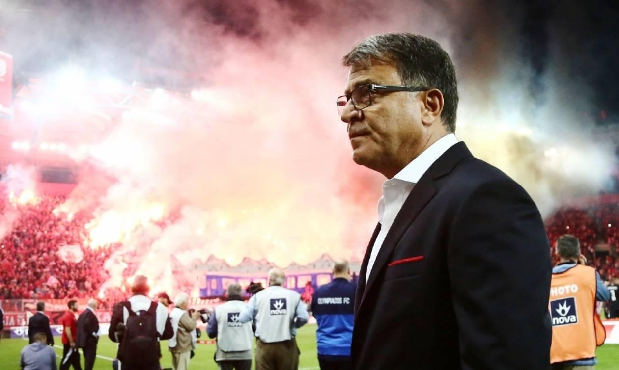 Χαμός στο «Γ. Καραϊσκάκης»: Γι' αυτό άργησε να ξεκινήσει το Ολυμπιακός-ΠΑΟΚ! (pics+vid)