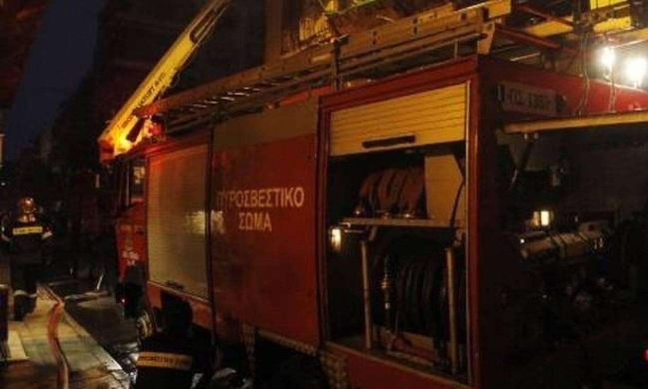 Στις φλόγες διαμέρισμα στη Θεσσαλονίκη - Κινδύνευσαν ένοικοι