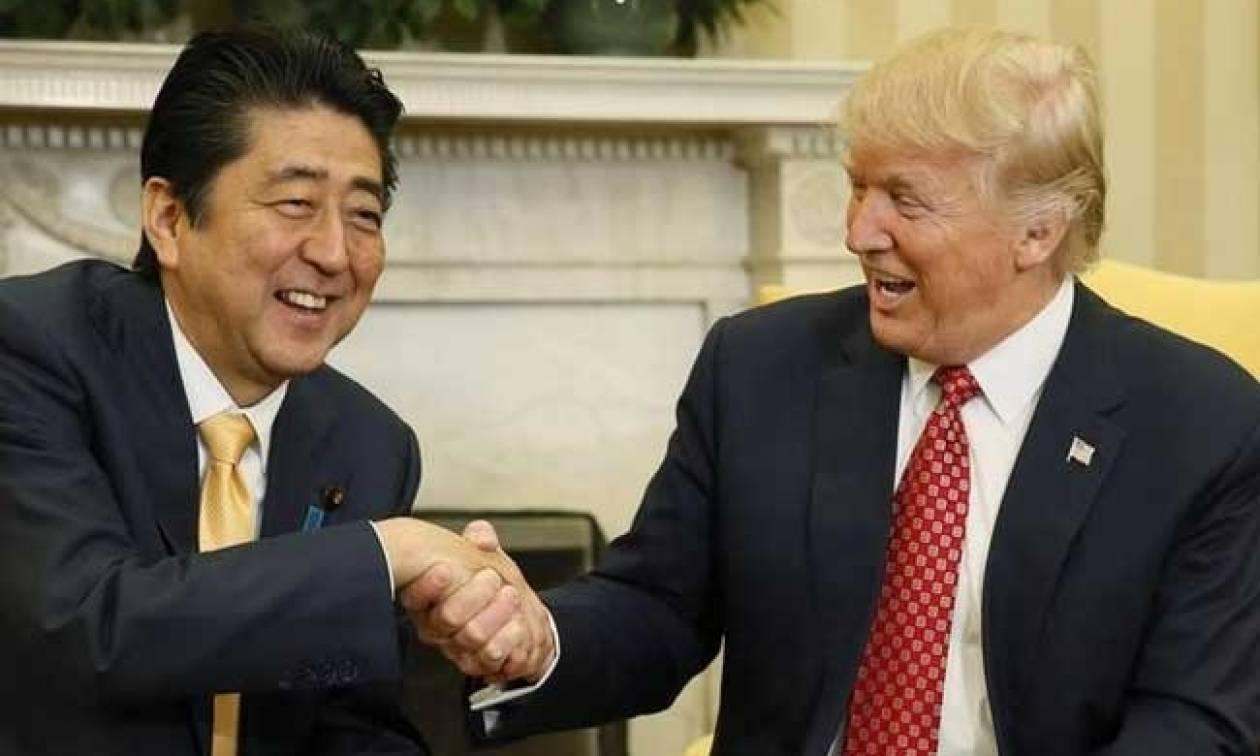 Τραμπ - Άμπε: Συνεργασία για κλιμάκωση της πίεσης στη Β. Κορέα