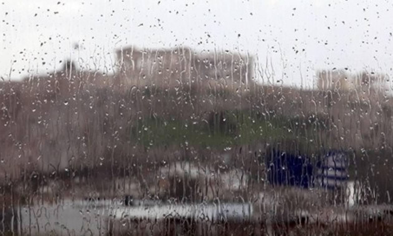 Καιρός ΤΩΡΑ: Βρέχει στην Αττική - Ο «Δαίδαλος» πάνω από την Ελλάδα