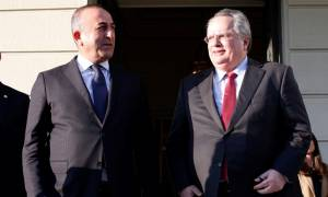 Στην Άγκυρα ο Κοτζιάς: Συνάντηση με Ερντογάν και Τσαβούσογλου