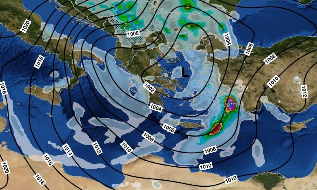 Καιρός: Ραγδαία επιδείνωση τις επόμενες ώρες – Έρχονται ισχυρές καταιγίδες και χιόνια