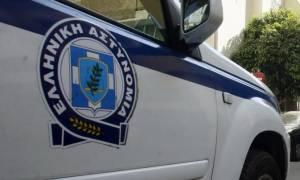 Συναγερμός στο κέντρο της Αθήνας – Μαχαίρωσαν 24χρονο στη μέση του δρόμου