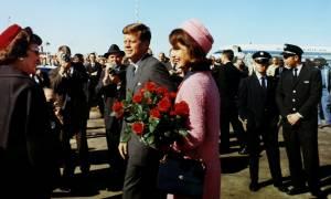 Στο «φως» χιλιάδες απόρρητα έγγραφα για την δολοφονία του Τζον Κένεντι - Τι αποκαλύπτουν