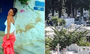 Δώρα Ζέμπερη: Ποιος δεν ήθελε να πηγαίνει η 32χρονη στο νεκροταφείο και γιατί;